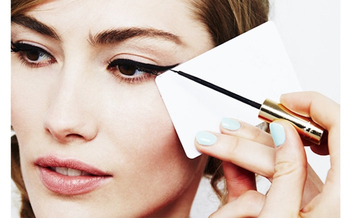 6 Amazing Way To Apply Winged Eyeliner For Beginners