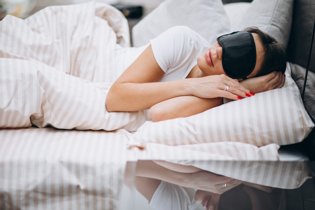 Best Ways Of Falling Asleep Quickly in Just One Minute