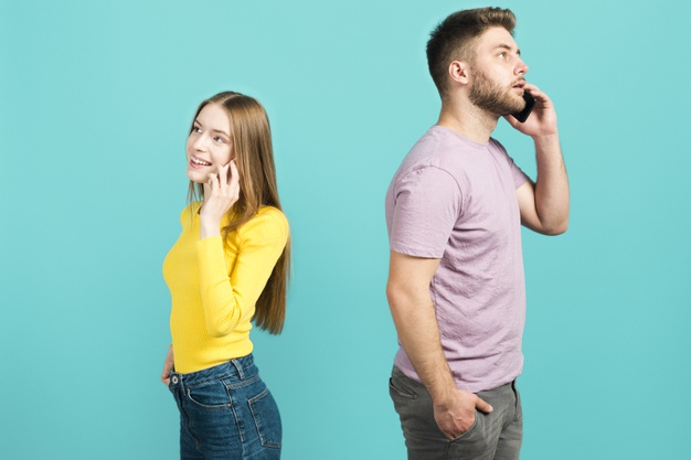8 Hidden Signs Your Partner Might Be Emotionally Cheating on You