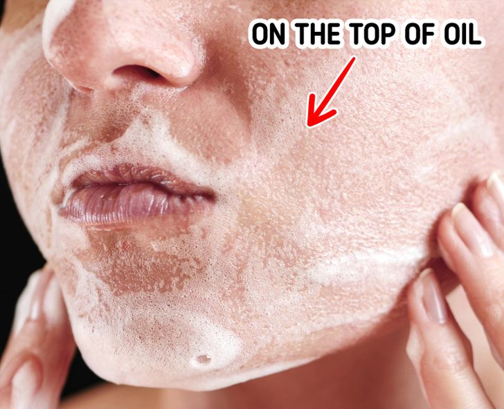 Why Japanese People Wash Their Faces for 10 Minutes